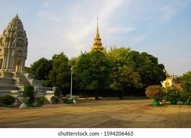 Phnom Penh  formerly known as Krong Chaktomuk Serimongkul  is the capital and most populous city in Cambodia 03/2012