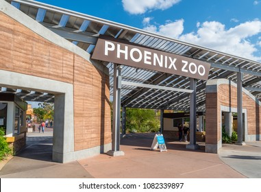 Phoenix, Arizona - May 2, 2018: The entrance to the Phoenix Zoo, which was founded by Robert Maytag in 1962 and is the largest privately-owned, nonprofit zoo in the United States.