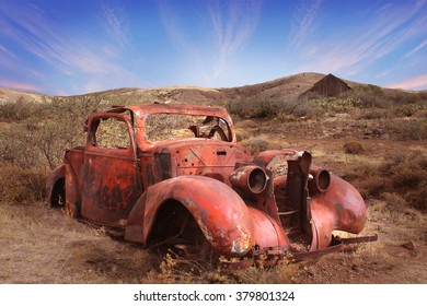 PHOENIX - FEB 19: Old car in the desert on the outskirts of Phoenix, Arizona on February 19, 2016.