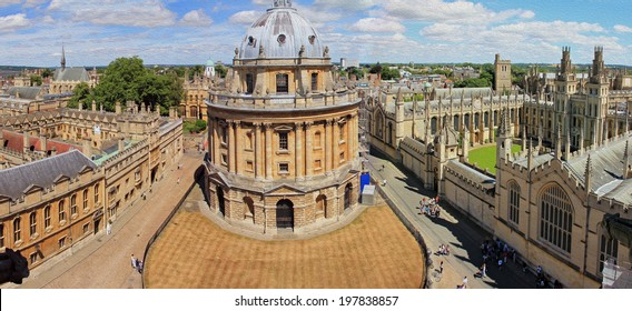 photo of aerial, panoramic view of Oxford with Radcliffe Camera, the square and surrounding colleges, stylized and filtered to look like an oil painting.