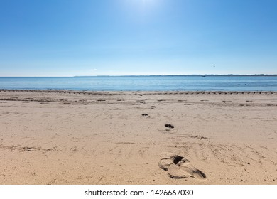 a photo of the beach in beautiful weather