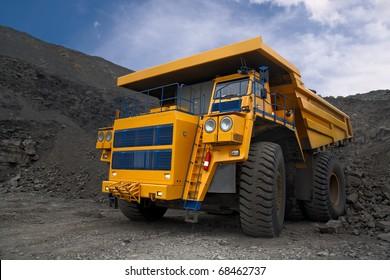 Photo of the big mine truck