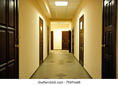 Photo of a bright and warm corridor inside commercial building