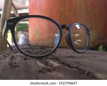 photo of broken plastic glasses outdoors