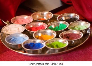 Photo of the coloured send to make a tibetan mandala
