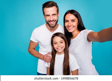 Photo of daddy mommy and small lady making selfies wear casual outfit isolated blue background