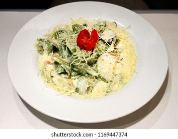 Photo of a delicious macro spaghetti with cheese and spinach