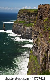 photo famous cliffs of moher seascape from the west ireland