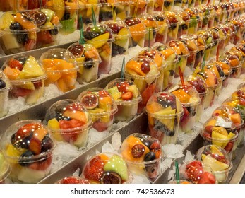 Photo of fruit in a glass at the market of barcelona.