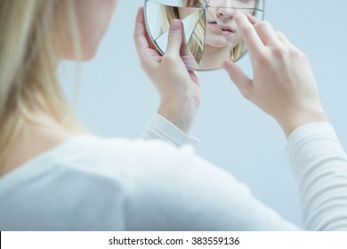 Photo of ill woman with suicidal ideation