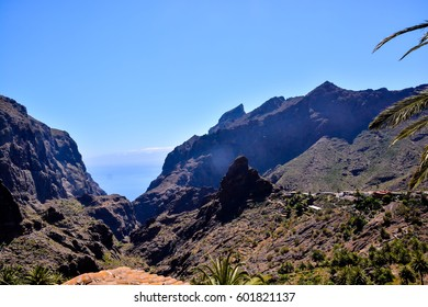 Photo Picture of a Valley in the Canary Islands