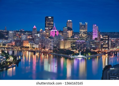 Photo of the Pittsburgh downtown at the blue hour time