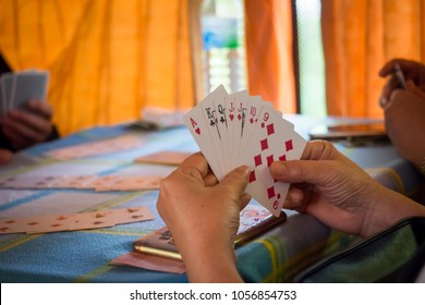 photo of playing cards, rummy game