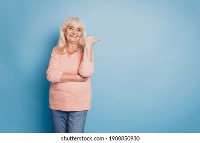Photo of pretty old lady direct fingers empty space