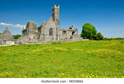 photo scenic irish ancient church abbey ruins landscape
