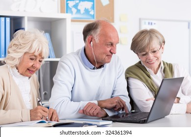 Photo of senior students using computer as a learning tool