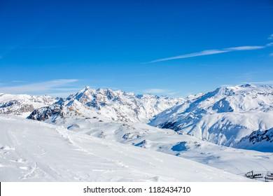 Photo of snowy landscape