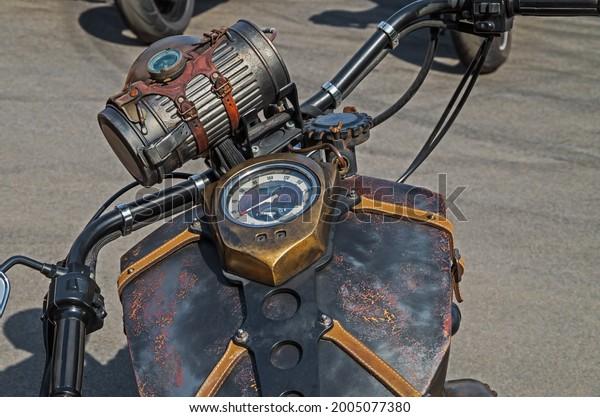 photo-speedometer-headlight-motorcycle-g