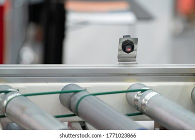 Photoelectric Sensor installed on Line conveyor in factory