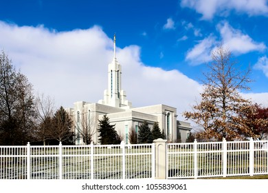 Photograph of the Mount Timpanogos LDS Temple in American Fork, Utah, taken in December.
