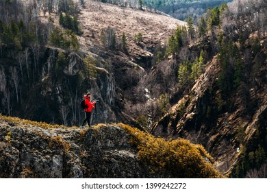 Photographer in the mountains. Traveler in the mountains. Photo tours. Camping trip. Tours in the mountains. Professional photographer. National Geographic. Photojournalist. Photo artist