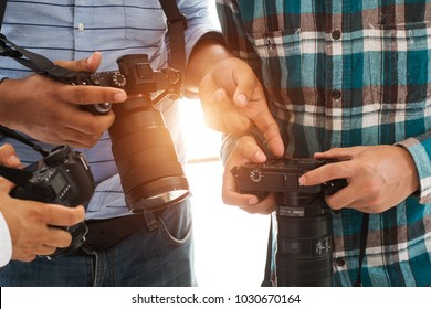 Photographers are viewing the camera,photographer