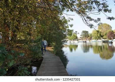 Photographs of Joinville-Le-Pont city : the river Marne, the downtown area, its railway station, Le bois de Vincennes/