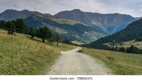 Photographs of the D´aran Valley in the Spanish Pyrenees. in midsummer. Ideal for hiking