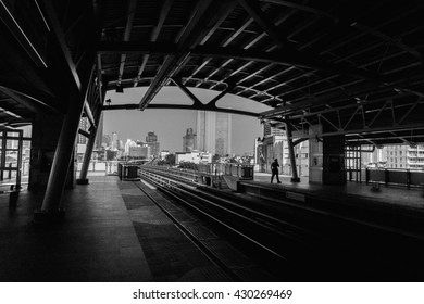 Photos black and white / light and shadow / BTS Station
