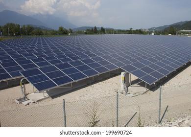 Photovoltaic solar  power station
