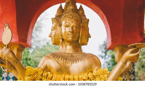 Phra Phrom Brahma god close-up �ระ�รหม. Thai god of creation