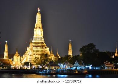 Phra Prang  at Wat Arun temple(Thai temple) in Bangkok, Thailand,Asia.