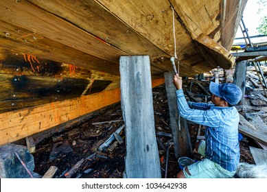 PHU QUOC, VIETNAM - JAN 01, 2018:  Worker in Shipyard. Shipyard industry ,( ship building) Big ship on floating dry dock in shipyard, Phu Quoc island, Kien Giang, Vietnam