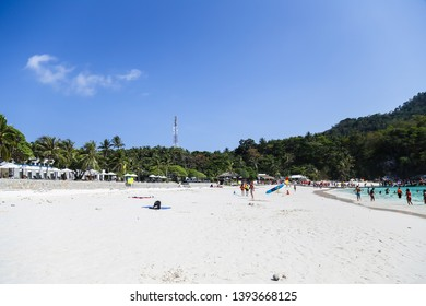 Phuket, Thailand –  April 25 , 2019 : Summer time at Koh Raya, probably the hottest month during the year and so many tourists from around the world are coming to have outdoor activities at the beach.
