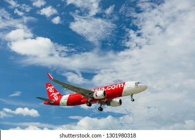 PHUKET, THAILAND - NOVEMBER 27, 2016: Airbus A320-216, HS-BBW of AirAsia flying overhead