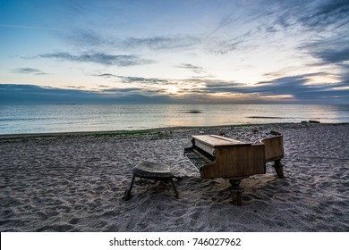 piano abandoned beach