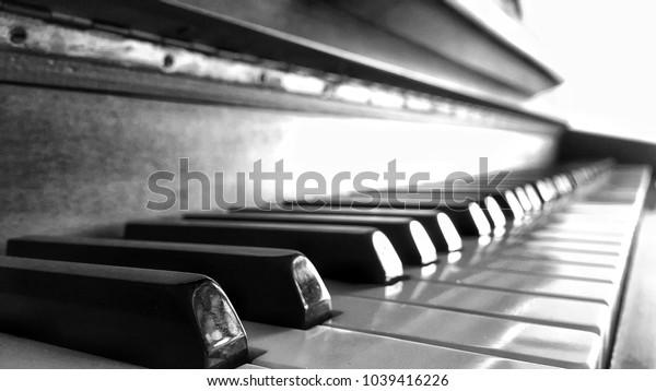 Piano dramatic light,B&W