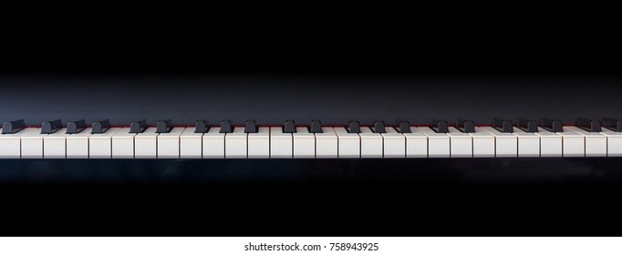 Piano keyboard banner, front view, copy space, banner