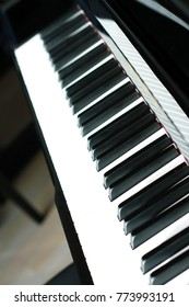 piano notes played in harmony