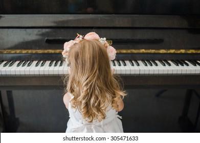 Piano school for little girl
