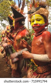 PIAYA, PAPUA NEW GUINEA - AUGUST 12, 2011: The Huli Wigmen Tribe attending the Piaya Village Sing Sing near Mt Hagen in Papua New Guinea