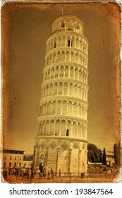 Piazza dei Miracoli complex with the leaning tower of Pisa, Italy