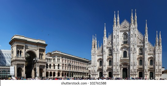 Piazza del Duomo in Milan, Italy, with Duomo (on the right) and the arch that marks the entrance to Galleria Vittorio Emanuele II (on the left)