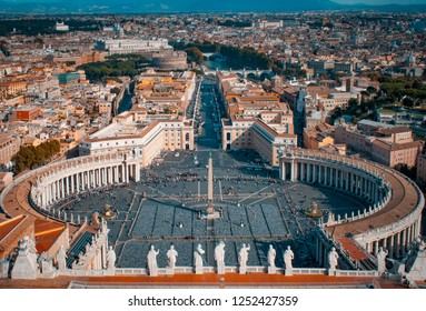Piazza San Pietro. Plaza located directly in front of St. Peter's Basilica. Vatican City, Rome, Italy.