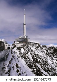 Pic du midi, Pyrénées / France - 10/09/2019 : TV radio transmitter at pic du midi in the high Pyrenees in winter under the snow