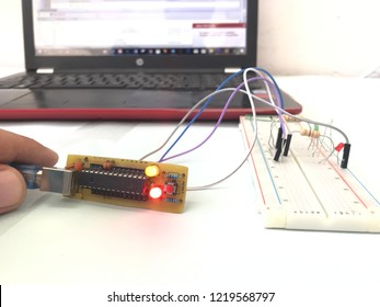 PIC Microcontroller Testing with breadboard and laptop