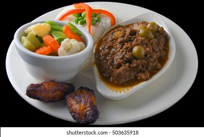 Picadillo  accompanied with Vegetable Medley, White Rice, and  Platens