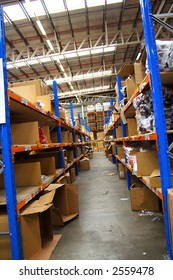 Pick and pack warehouse floor