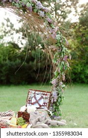 picnic with outdoor decor