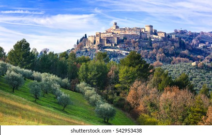 Pictorial medieval village (borgo) Gualdo Cattaneo in Umbria, Italy